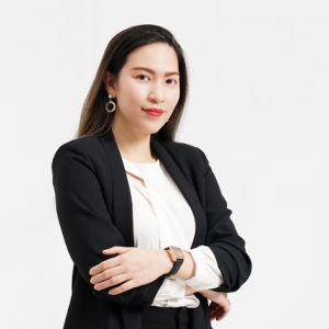 founder-of-yellowblocks-doan-kieu-my-was-featured-on-hec-for-women-1